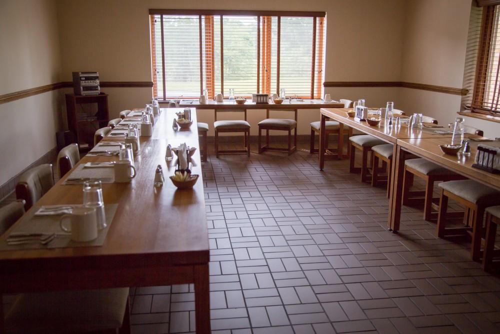 Retreat House – Holy Cross Abbey